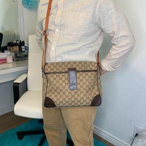 Gucci Canvas body bag